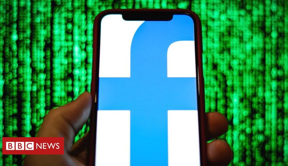 Northern Ireland Facebook to let users upload all photos to Google