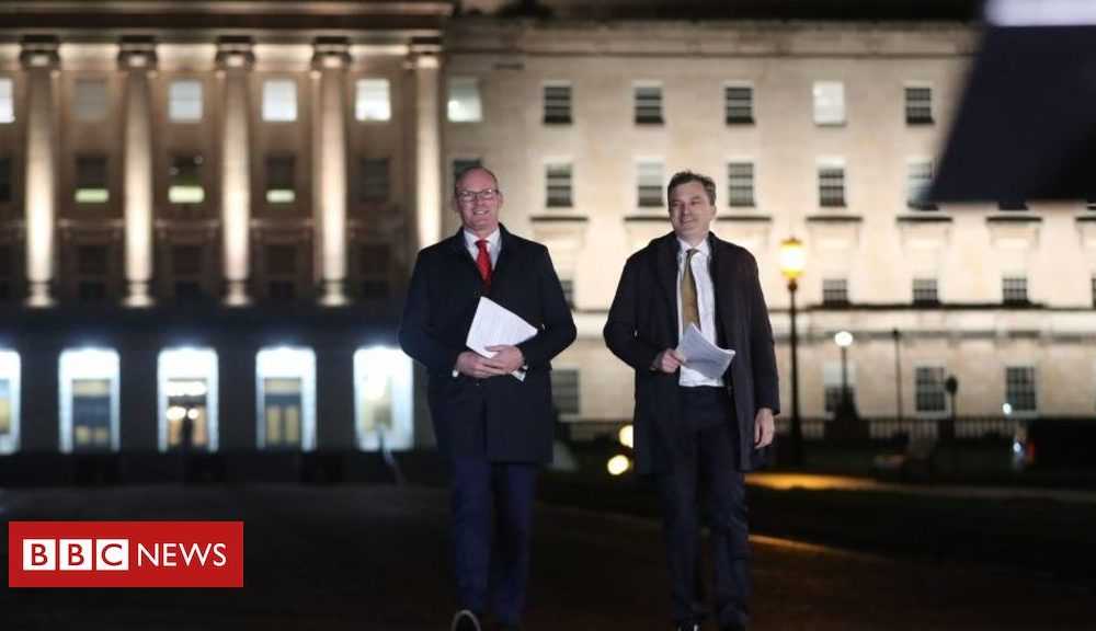 Northern Ireland Stormont talks: 'Deal agreement needed' before assembly recall