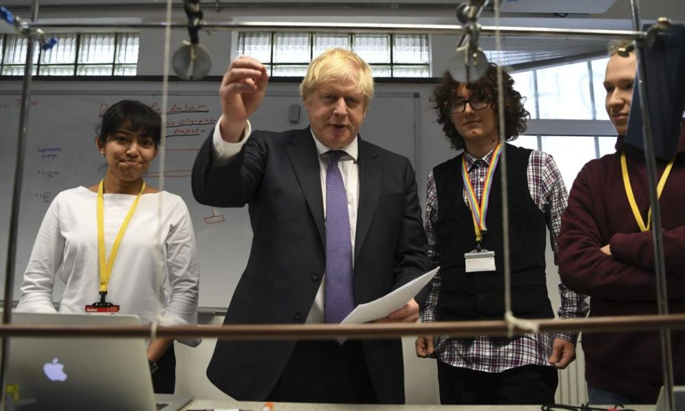 Boris Johnson – UK poised to decide on allowing Huawei to build new networks