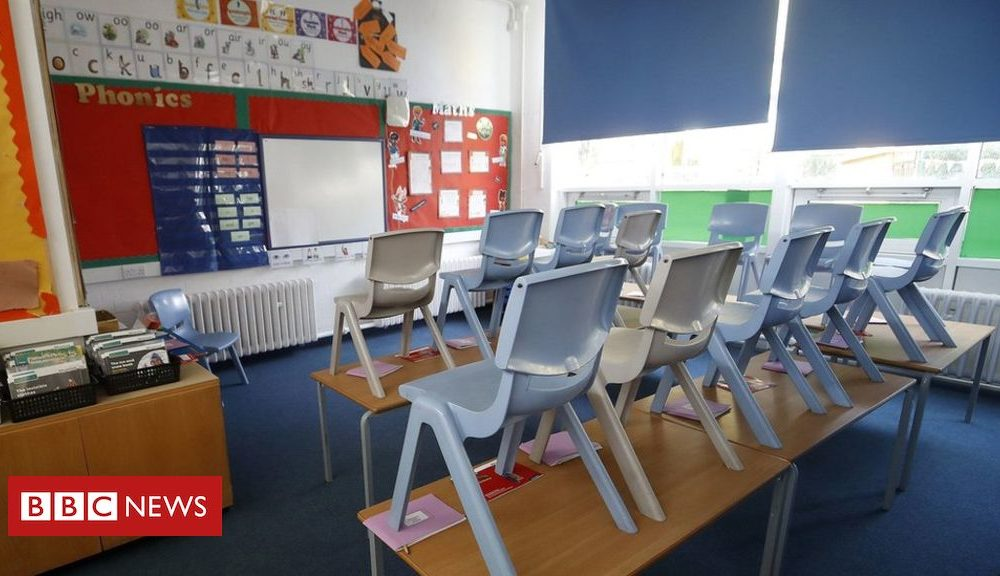 Northern Ireland September target for phased reopening of NI schools