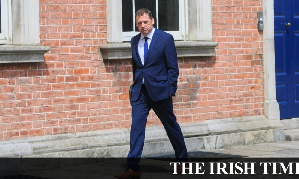 Irish backstop – Taoiseach rejects claims FF back to 'old style cute hoor kind of politics'